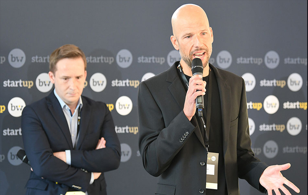 Bürgermeister von Magstadt Florian Glock und Andreas Pichler vom CREATEAM