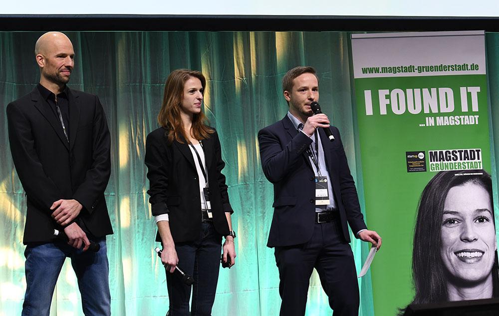 Andreas Pichler, Lena Winter und Bürgermeister von Magstadt Florian Glock